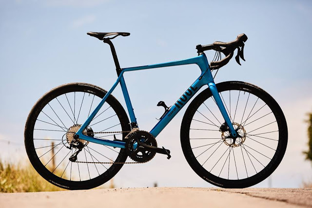 Team GF 4 Disc, the New Road Bike from Rose Bikes
