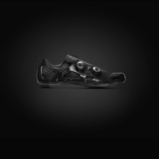Mavic is launching the New Comète Ultimate Road Shoes with 1000 Euro price tag