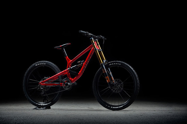 Commencal launched the 2017 Furious DownHill Bike