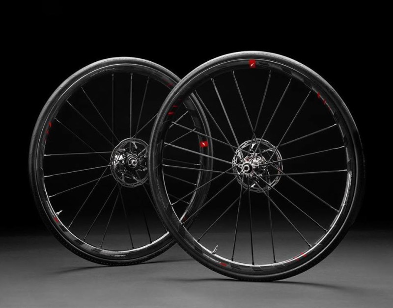 Zero family's fastest representative Now available also for Disc Brake