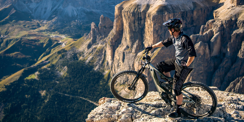 Introducing the All-New Cannondale Moterra NEO