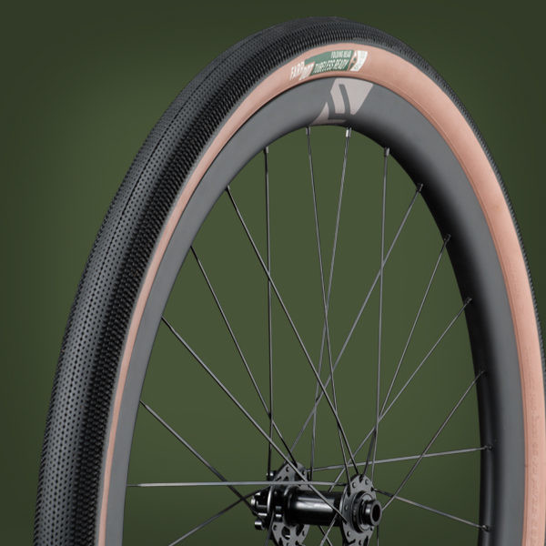 Looking for Tubeless Ready Gravel Tyres? The New Farr Dot Gravel Tyre