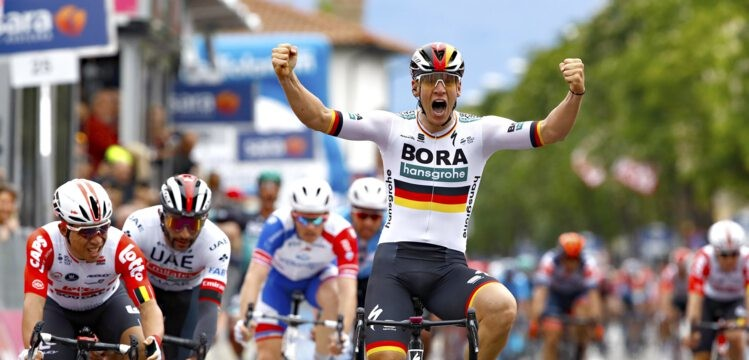 First Giro d'Italia Stage Victory for Pascal Ackermann in Fucecchio