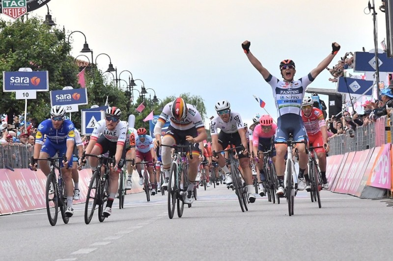 Cima Wins Stage 18 of the Giro d'Italia, Carapaz Retains the Maglia Rosa