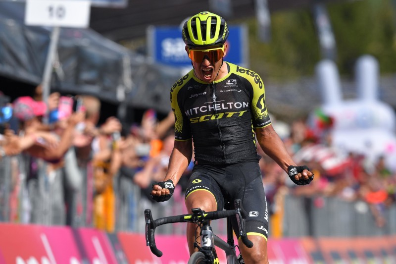 Chaves makes history in comeback victory at Giro d'Italia