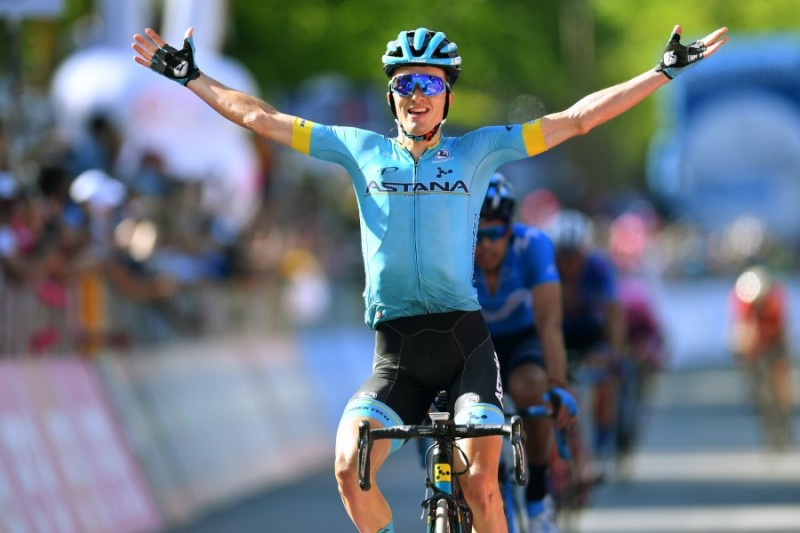 Giro d'Italia. Pello Bilbao Wins Queen Stage, Miguel Angel Lopez keeps White Jersey Despite Crash