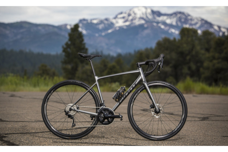 Introducing: Expanded New Range of Giant Contend Road Bikes!