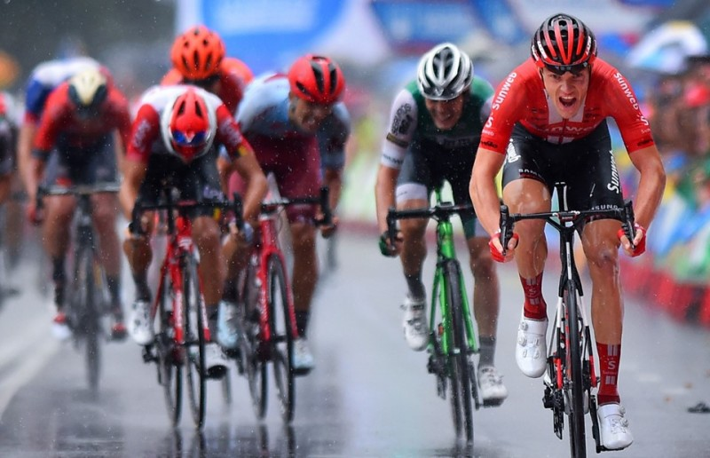 Nikias Arndt Takes Sublime Sprint Win After Tough Vuelta Stage