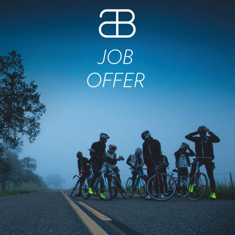Job Offer by AbsoluteBlack - Social Media Marketing Expert