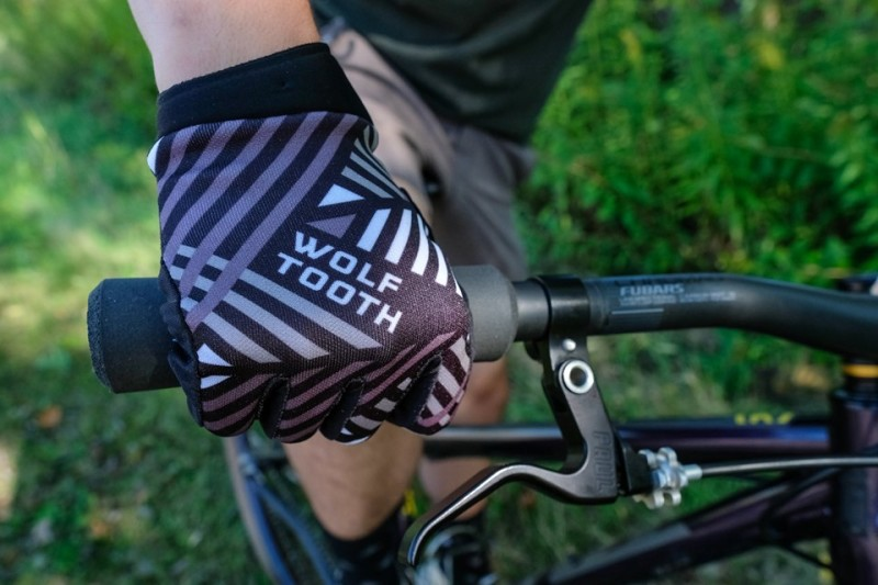 New Riding Gloves Have Landed - Wolf Tooth Flexor
