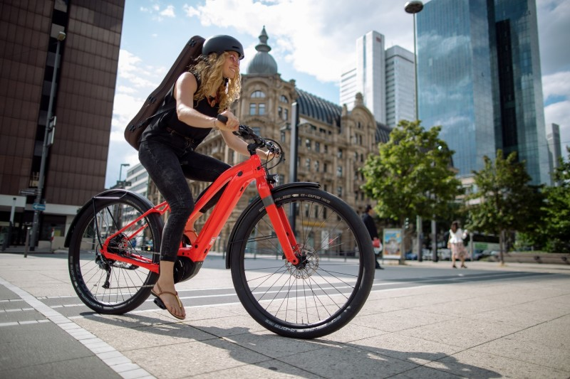 New Canvas NEO - A Stylish, Rugged Urban e-Bike from Cannondale