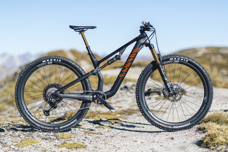 Canyon adds Super-Light Neuron CF SLX to its 130 mm Full-Sus Portfolio