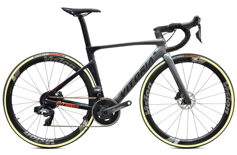 Vitoria Ultimate SK AXS - Fast in Climbs, Confortable on Flat Terrain
