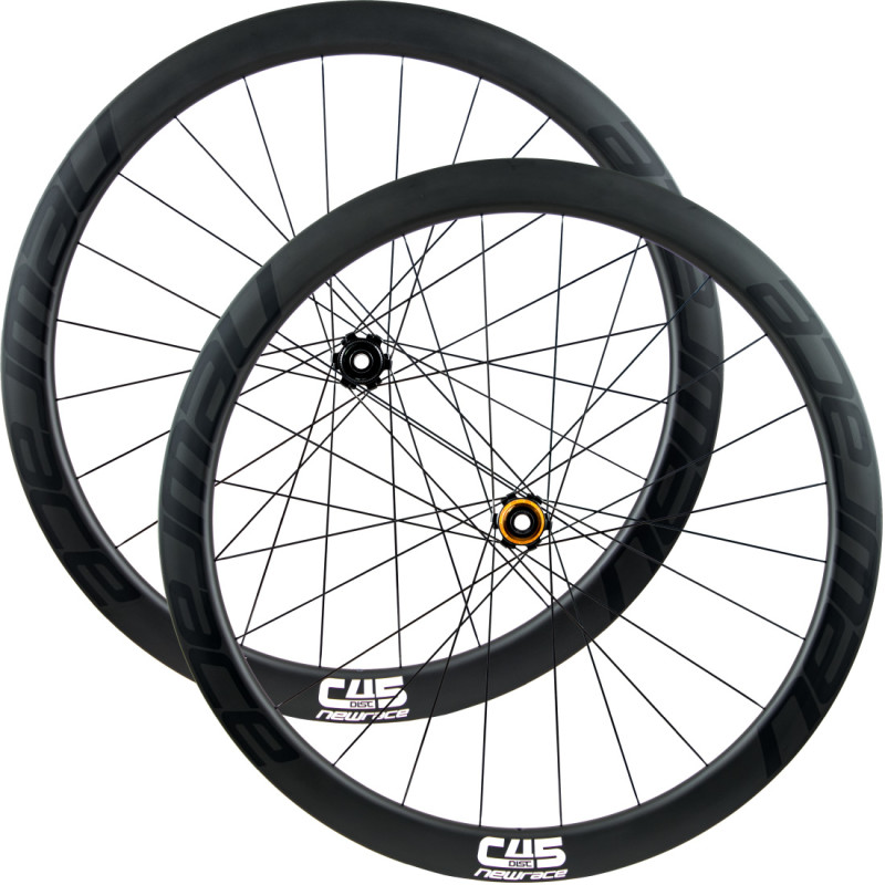 "The New Race C45 Disc, Now with Centerlock Discs and Prepared to use Tubeless or ""Normal"" Tires"