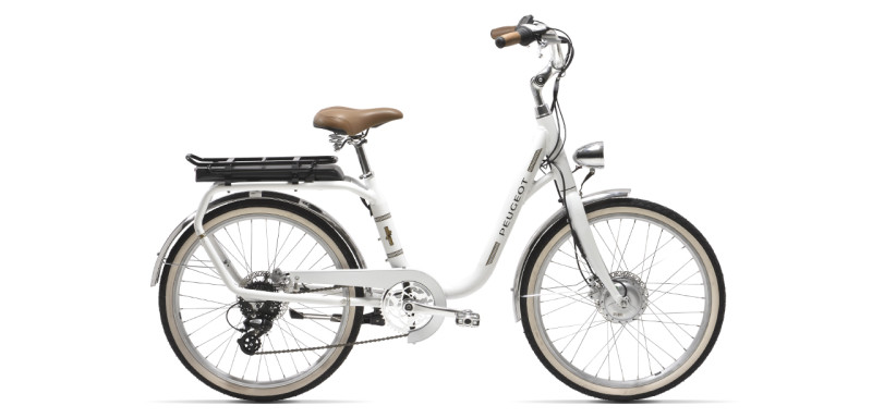 Ride Elegantly on the Peugeot eLC01 Electrically-Assisted Bike