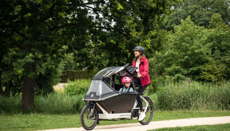 Urban Arrow, the World's Leading Manufacturer of Electric Cargo Bikes, Introduces the Raincover PLUS for its Family Bike
