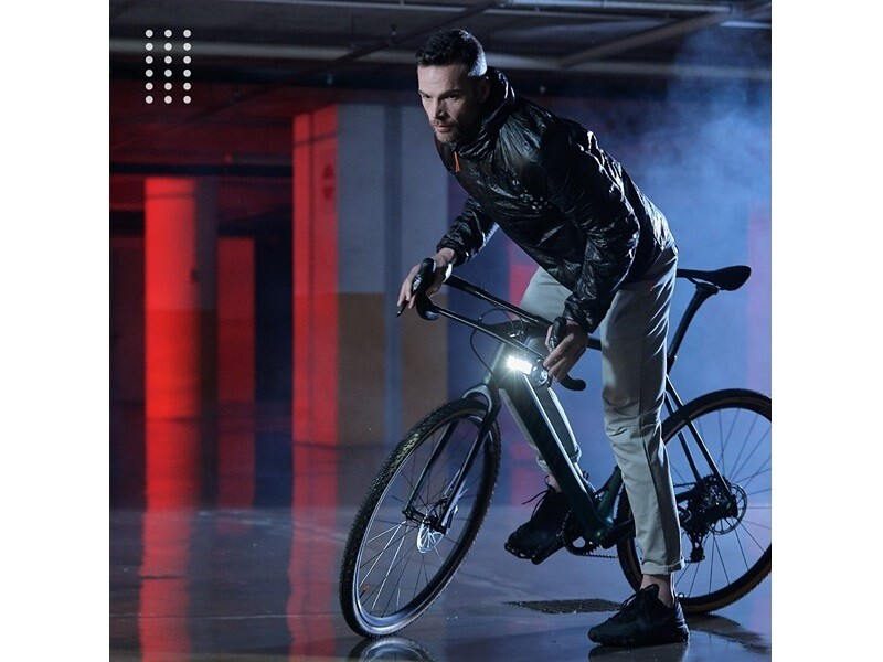 Dainese Revolutionizes Bike Commuting with Race-Derived Materials and Technologies