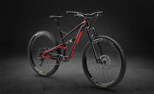 This is the New Jeffsy 29 AL Comp MTB Bike 2018 from YT