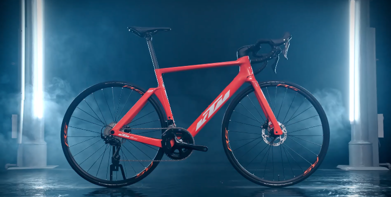 KTM Revelator Lisse Pro 2021 - The New and Accessible Aero Road Bike