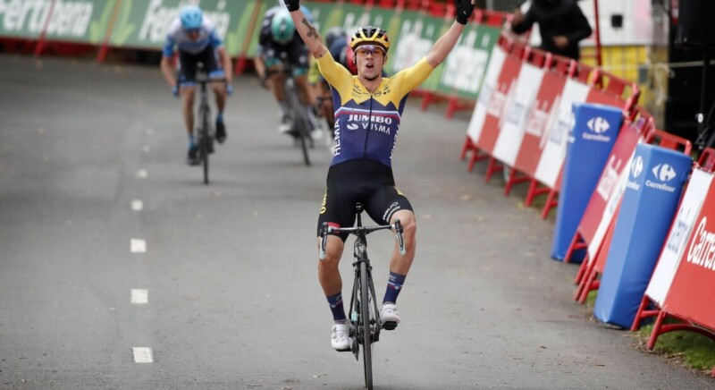 Roglic Finishes Off Teamwork on Steep Alto de Arrate and Takes Red Jersey