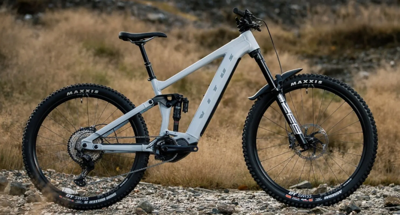 Further, Faster, Longer. The 2021 Vitus E-Sommet