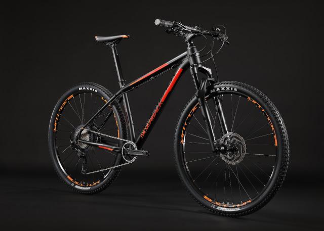 Silverback Bikes\' New 2018 Sola MTB Range   BikeToday.news